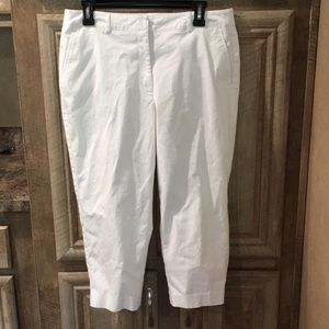 Kim Rogers Off-White Petite Pants (Women's Size 8)